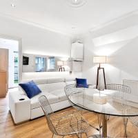 Spacious 3 Bedroom Apartment with Garden