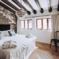 Ocho Suites & Kitchen