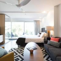 Scandi Beach apartment, hotel em Avalon