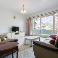 10 Penang Homestay@USM@Qbay mall@4 bedrooms 10pax, hotel in Gelugor