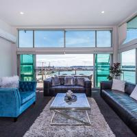 Princes Wharf - Spectacular Harbour View Penthouse