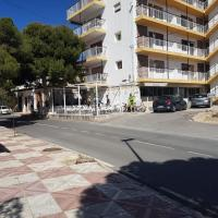Vistabella Apartments, hotel in Aguas de Busot