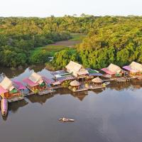 Amazon Oasis Floating Lodge, hotel en Iquitos