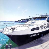 Яхта Пиранья, отель в Турке