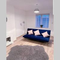 Stylish 3 Bed House + Free Parking + Great Location, hotel in Nottingham