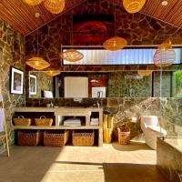 SLEEPING IN PARADISE, отель в Атенасе