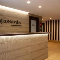 Pensión Catamaran, hotel in Castro-Urdiales