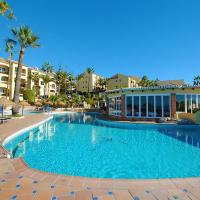 Dona Lola Martha - Spacious 3 bedroom apartment with partial sea views