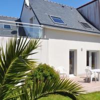 Belle villa 3 étoiles avec terrasse ensoleillée et protégée à TREGASTEL - Ref 63