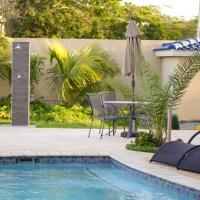 Boutique Hotel Rehoboth Peace Land, hotel in Oranjestad