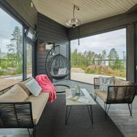 Huvila erämaajärven rannalla Taivalkoskella, hotel in Jokijärvi