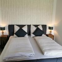 Heeser Spargelhof Appartements, hotel near Weeze Airport - NRN, Weeze