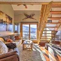 Steamboat Ski Getaway w/ Balcony + Mtn Views!