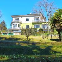 Villa Silvia B&B Varese, hotell i Varese