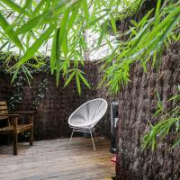 GuestReady - Hidden Abode with Large Patio in Buttes-Chaumont