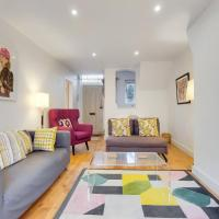 A charming 2BR mews house with a private garden