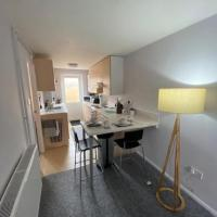 Bradley Stoke Self Contained Ground Floor Apartment, hotel in Bristol