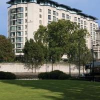 Four Seasons Hotel London at Park Lane, hotel in Mayfair, London