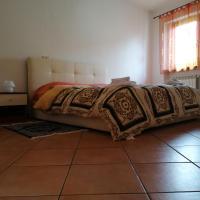Rosmaya, hotel in Bollengo