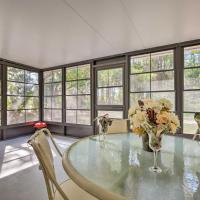 Crystal River Abode - Fish, Hike, Dine Nearby!