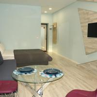 Apartment on Timiryazeva 86b, отель в Азове