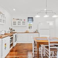 The Cottage on Lamington, hotel in Canungra