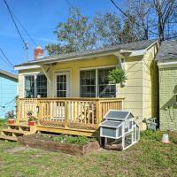 Cozy Tiny House - 4 Mi to Downtown Wilmington!