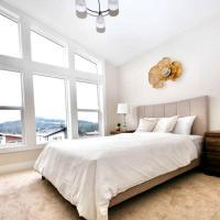 BRAND NEW GORGEOUS HOME 15 MINUTES TO DOWNTOWN !!!, отель в Виктории