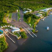 Hinchinbrook Marine Cove Resort, hotel em Lucinda
