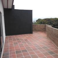501 Loft (Apartment & Terrace) - Ed. Bahrain, hotel in Envigado