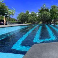 Saransiri - 4 bedroom villa, shared pool & gym, Free Wi-fi, hotel in Phuket