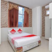 OYO 861 R Four Hotel, отель в городе Палу
