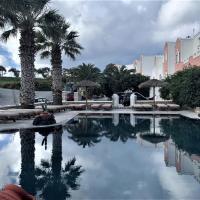 Villa Manos Hotel, hôtel à Karterados