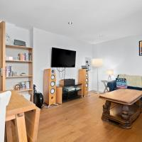 Amazing 3 Bed Flat in Whitechapel near Shoreditch, in Brick Lane for 6 people