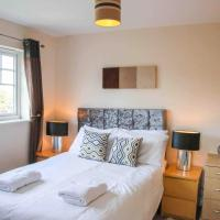 Stylish Home with self check-in, free parking, garden, Wifi and Netflix just 7mins from Leeds