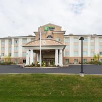 Holiday Inn Express and Suites Dickson City