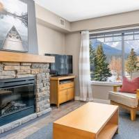 3 Bedroom Mountain Retreat New full-renovation Near Banff Canmore Sleeps 8 Sanitizing Protocols NEWLY UPGRADED HIGH-SPEED WIRELESS INTERNET