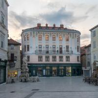 Central Square Heritage Hotel, hotel in Split