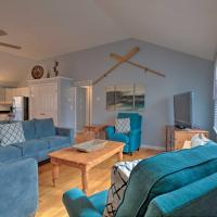 Quiet Cottage with Deck - 4Mi to Beach and Shops!