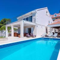 Villa Mlini with private Pool and Sea view