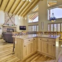 Family-Friendly Home with Game Room and Mtn Views!, hotel in Fairplay