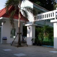 Clear House Phuket, hotel in Kamala Beach