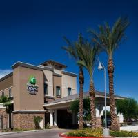 Holiday Inn Express & Suites Phoenix Glendale Dist