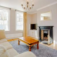 Large 4 Bedroom Home in Central Greenwich
