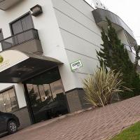 Imperial Hotel, отель в городе Santa Bárbara