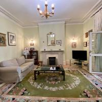 Staines Apartment - large entire property