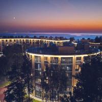 """Апарт-комплекс """"Светлый мир Внутри"""", hotel in Solnechnoye"""