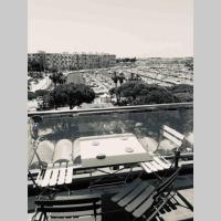 Sunny, spacious 3 BR apt by Marina with terrace