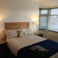 Ansty House - Coventry, 4 Beds, Sleeps 4/7, Close to University Hospital Walsgrave
