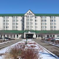 Riviera Plaza and Conference Centre Calgary Airport, hotel in Calgary